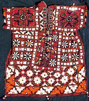 Sindhi Embroidery from the Land of Gujrat1