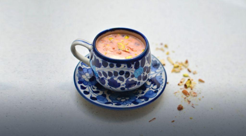 Pink Tea, karak chai, pakistani chai,